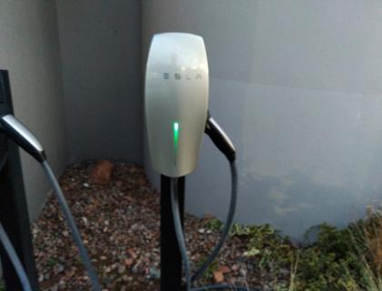 Installateur borne electrique Lyon, electricien IRVE,